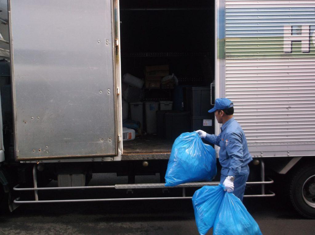 医療系廃棄物収集に適したパネル車両